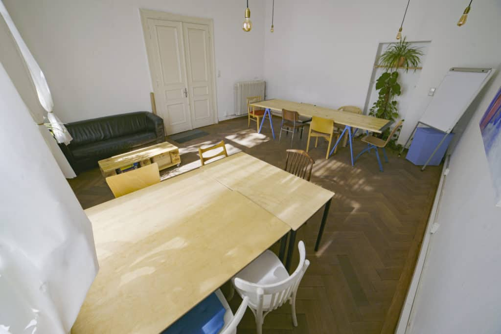 Seit Januar 2020 gibt es in EUTOPIA eine neue Erweiterung der Co-Working Community: das Künstler Co-Working
